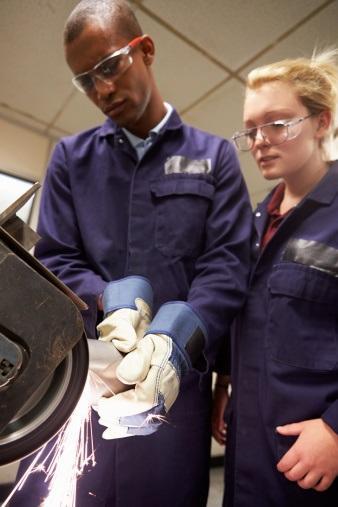 Apprenticeships | Apprenticeships.scot: Work, Learn & Earn