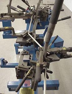 Dedicated manual tube bending