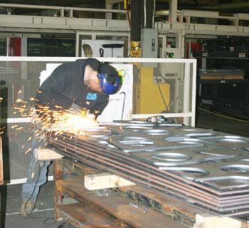 Grinding lasercutting