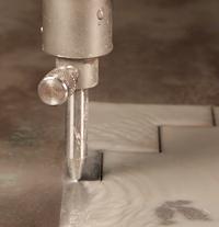 El chorro de agua la hace en grande - TheFabricator.com