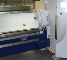 Rotational clamping beam