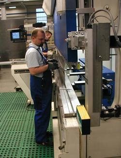 Getting Close Bending Safe The Fabricator