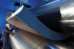 Los rodillos para placa siguen rolando placa más pesada - TheFabricator.com