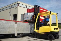 No-, low-emissions lift trucks clear the air - TheFabricator.com