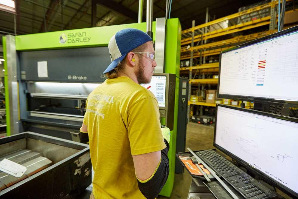 One fabricators blueprint for growing its business the fabricator a press brake operator looks over a job described in btds mes before heading over to start the work on the companys new safandarley electric press brake malvernweather Gallery