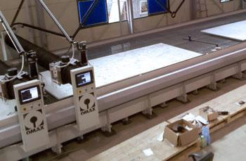 Waterjet cutting table